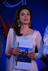 "Singer Rageshwari at the launch of music album ""Dancing Flute"" in Mumbai."