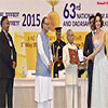 Pranab Mukherjee presenting the Rajat Kamal Award to Ms. Kangana Ranaut