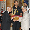 President of India presenting Dr. B.C. Roy National Award 2008 to Dr. Mammen Chandy